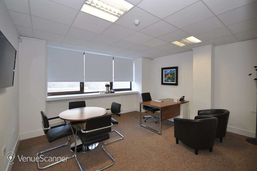 Hire Bizquarter Executive Room 3