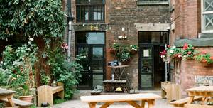 Islington Mill, Courtyard