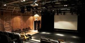 Platform Hub, Platform Theatre